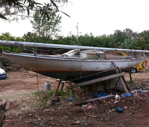 Come faccio a sapere quanti anni ha una barca il trucco for Progetti per la vendita